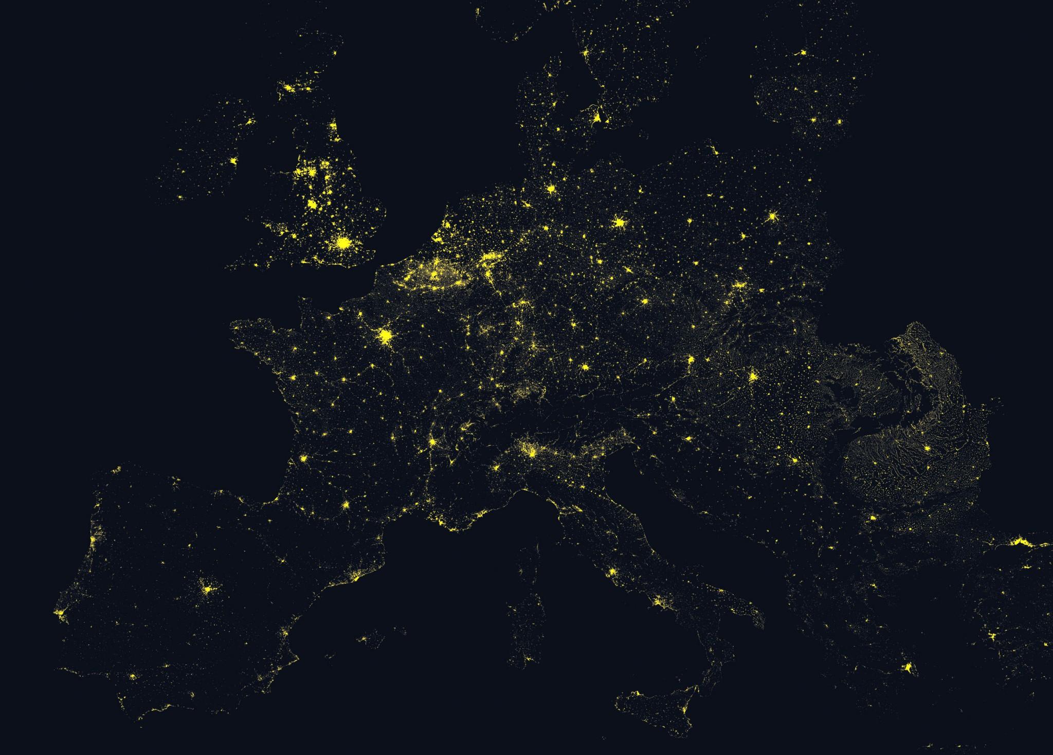 L'Europe de nuit - Guillaume Sciaux - Cartographe professionnel